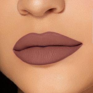 Kylie matte liquid lipstick lip liner DOLCE K